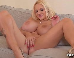 Web cam – frumusica MILF Dolly Fox